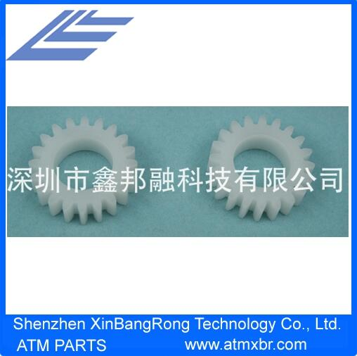 Hitachi White Plastic 20 Teeth Gear